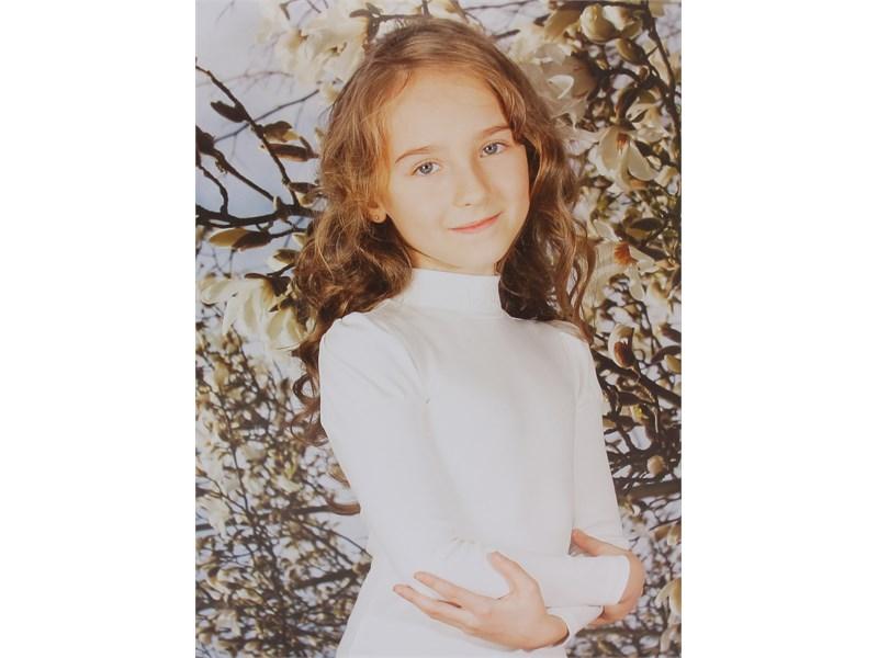 Джемпер Снег для девочки малиновый вышивка 1076-ДКР-09